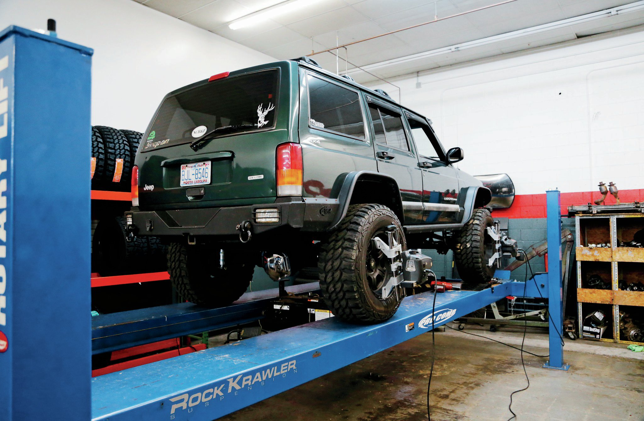 Post install, the entire Jeep's suspension needed to be double-checked for alignment. The alignment equipment at 4Wheel Parts allows them to tune wheelbase evenly, along with getting the correct steering settings.