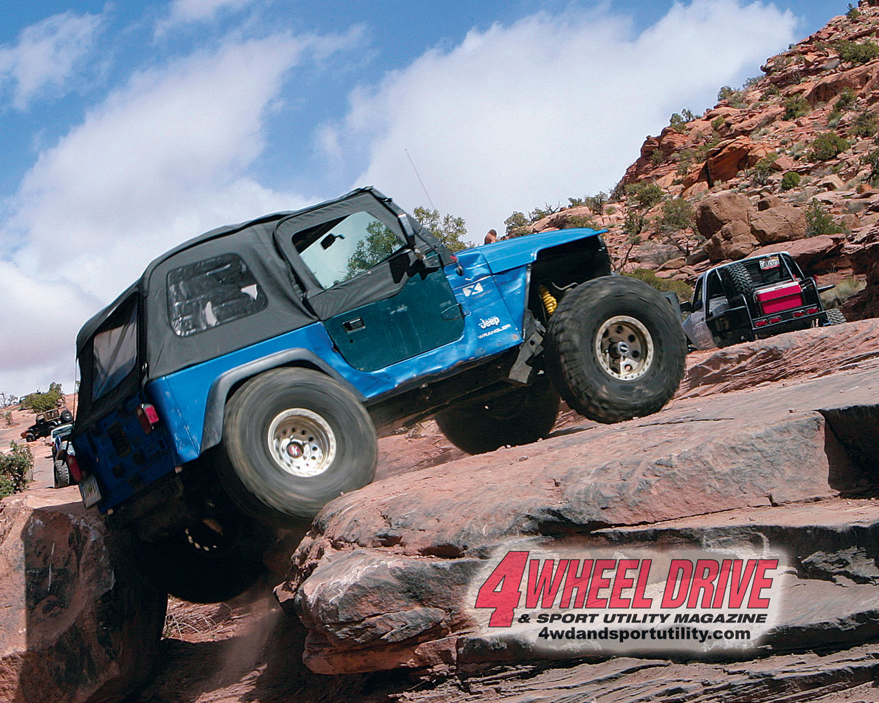 0507 4wd+blue tj moab up rocks+large