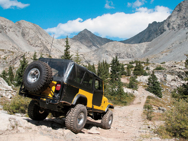 0803 4wd 02 z+blanca peak+jeep wrangler on trail
