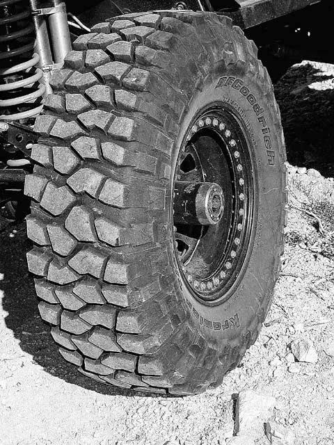 04044wd 09z+2002 Jeep TJ+Wheel