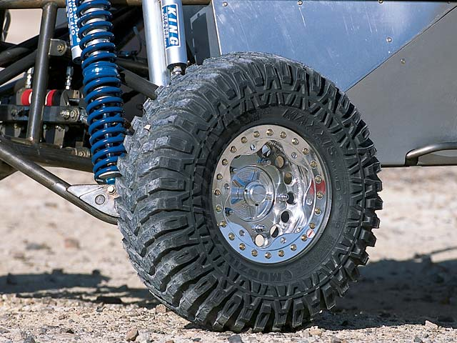 0308or 12z+2002 Olsen Truggy+Close Up Wheel Shot