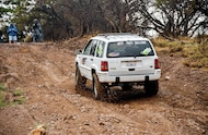 jeep grand cherokee climbing hill