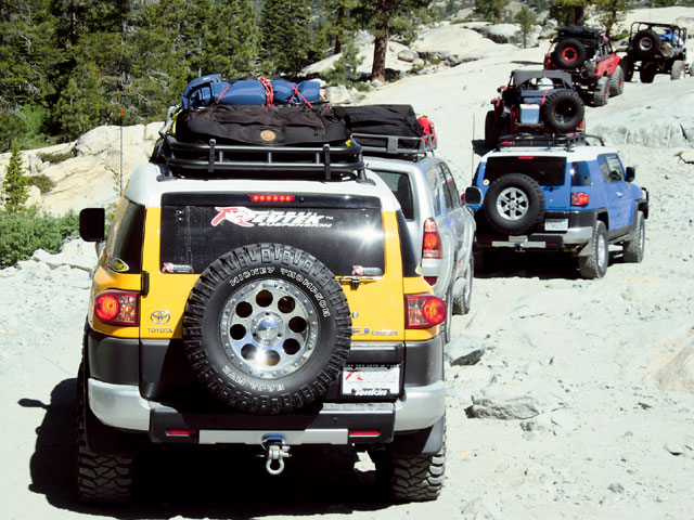 0701 4wd 03 z+rubithon land cruiser trail ride+revtek fjcruiser