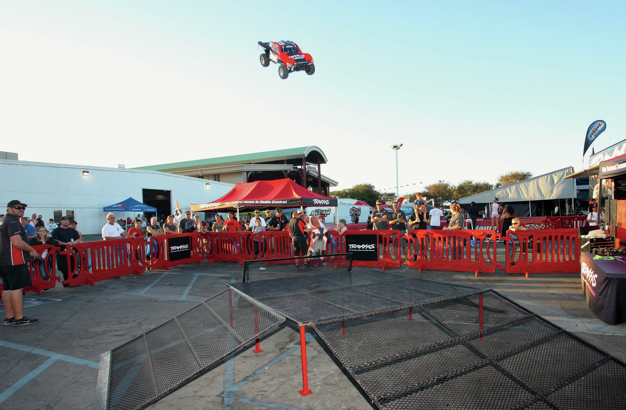 By flying them off of this ramp, it seemed like the Traxxas crew were deliberately trying to break their cool radio-controlled cars. Despite huge crashes, none did.