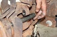 dodge wheel hub removal tool