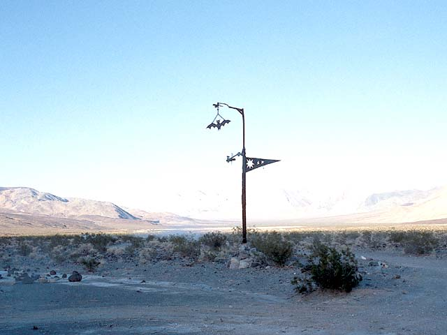 The marker leading the way to the hot springs in Saline Valley.