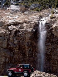 05084wd 02z+Jeep+Side Driver Side View