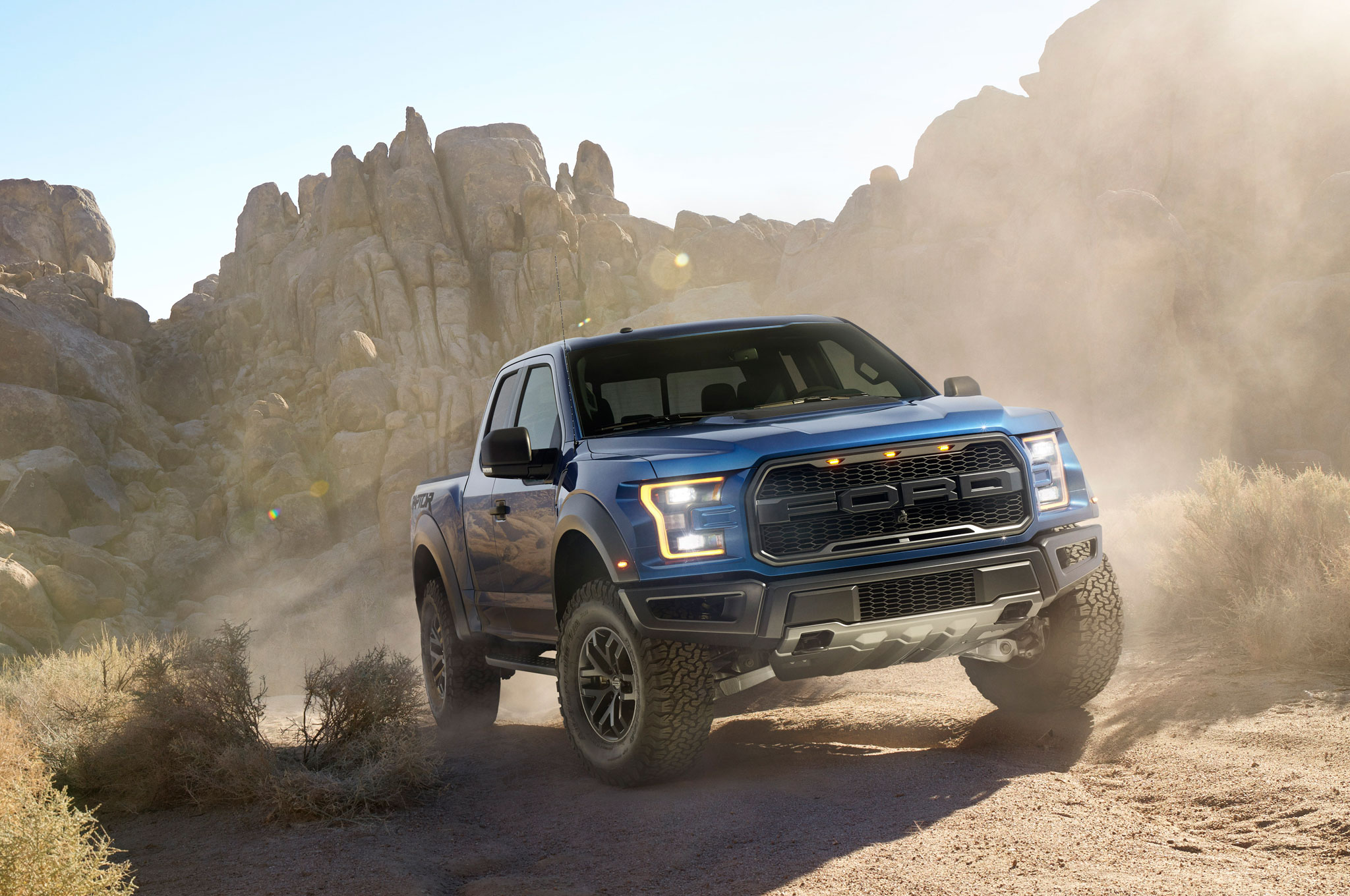 2017 ford f 150 raptor right front trail driving