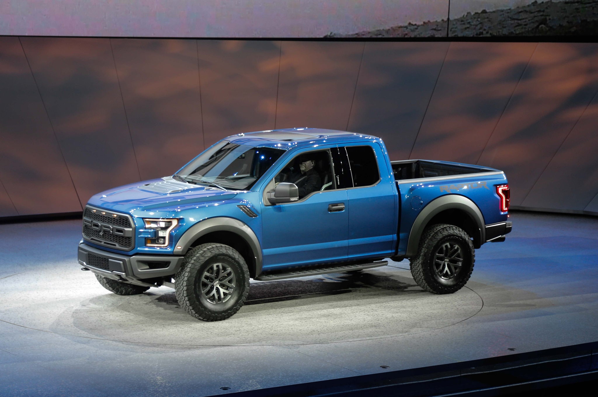 2017 Ford F 150 Raptor front three quarter
