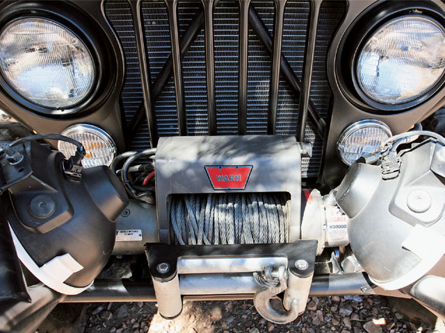 0702 4wd 16 z+1984 jeep cj 8+front winch