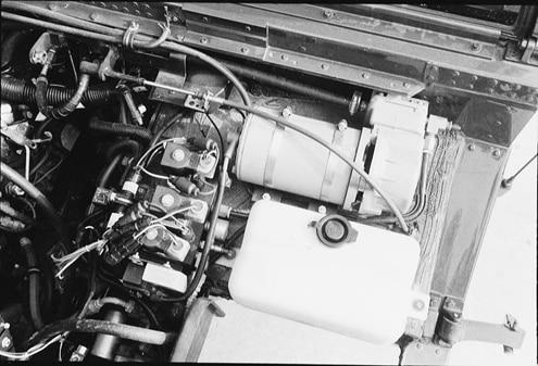 p25164 large+AM General Hummer+Engine
