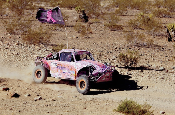 2014 Powder Puff Towards A Cure - Kicking Up Barstow Dust