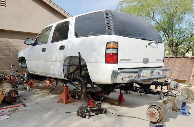 2005 2WD Chevy Tahoe Solid Axle Swap - Rosco P. Drivetrain: Part 1