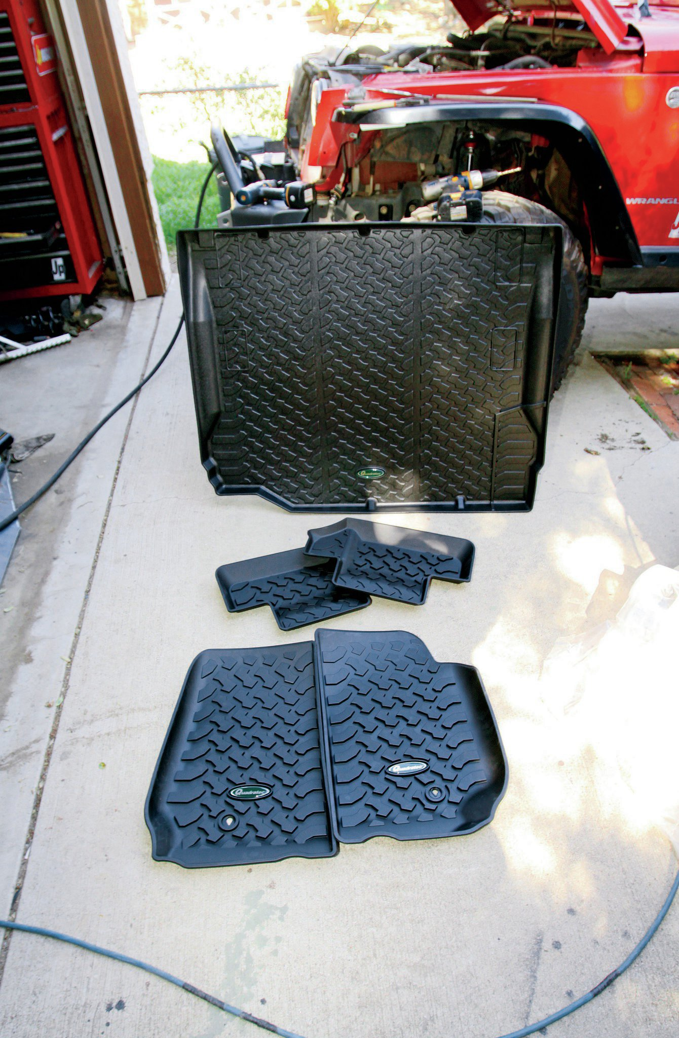 quadratec floormats and cargo area mat