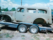 129 0402 03z+1942 Dodge M 37 Power Wagon+Passenger Side View