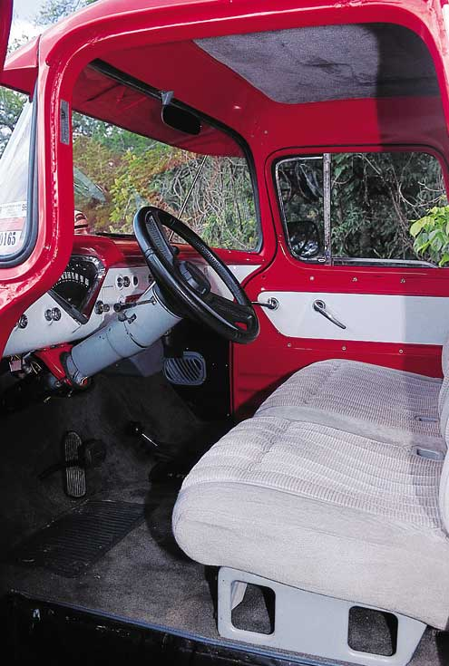 515large+1957 chevrolet 3200+front interior view