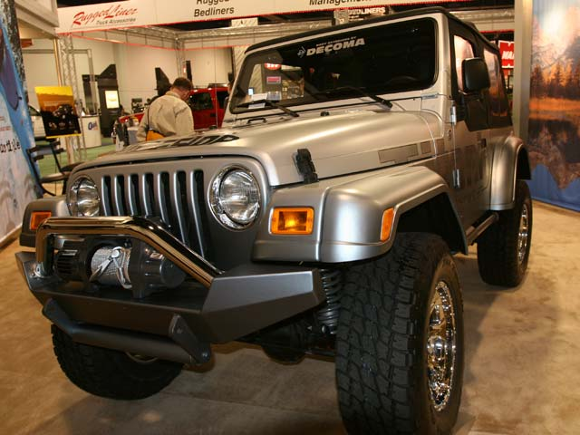 129 106z+Jeep+Front Driver Side View