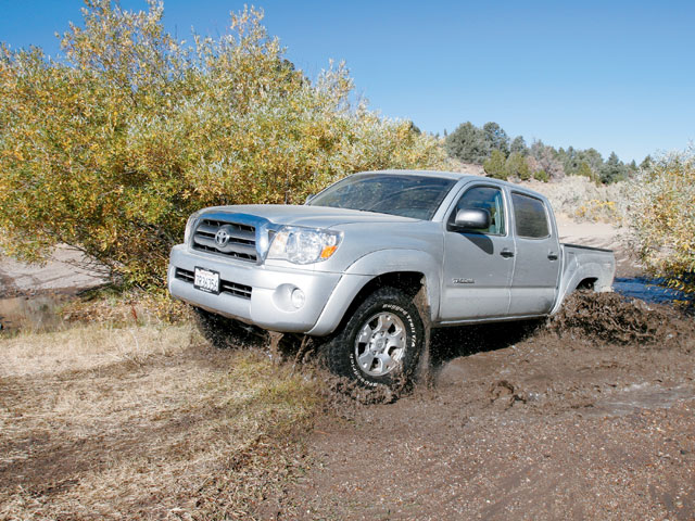 2005 Toyota Tacoma Trd front Drivers Side View Photo 8945678