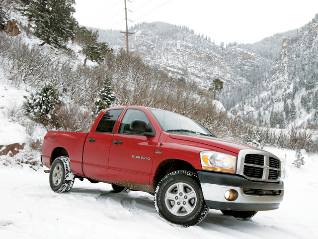 129 0705 01 z+2006 dodge ram 1500 trx4+passenger side snow
