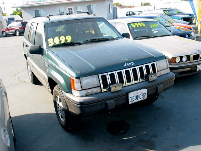 131 0707 10 z+jeep grand cherokee+front view