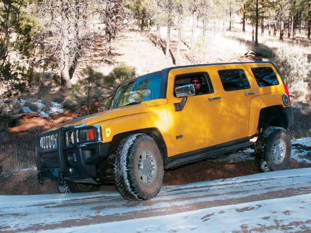 129 0710 17 z+2006 hummer h3+drivers side view
