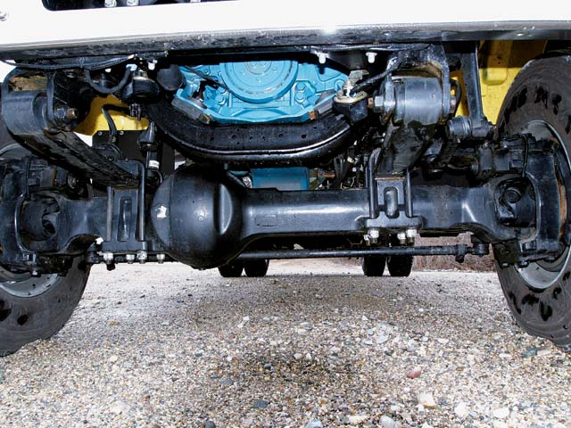 129 0505 06z+International CXT+front axle view