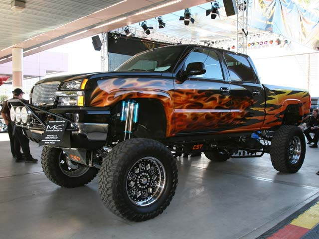 129 05sema 200z+chevrolet+front side view