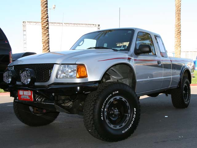 129 05sema 149z+2005 ford ranger+front right view