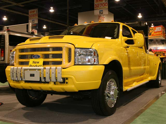 129 05sema 156z+ford super duty+front right view