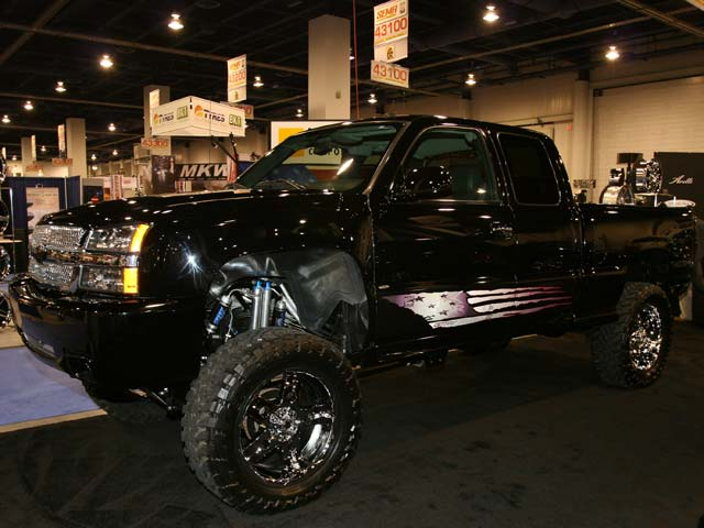 129 05sema 169z+chevrolet+front side view