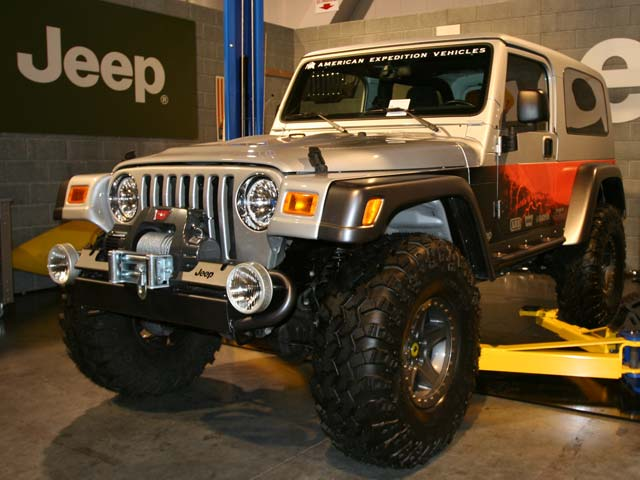 129 105z+Jeep+Front Driver Side View