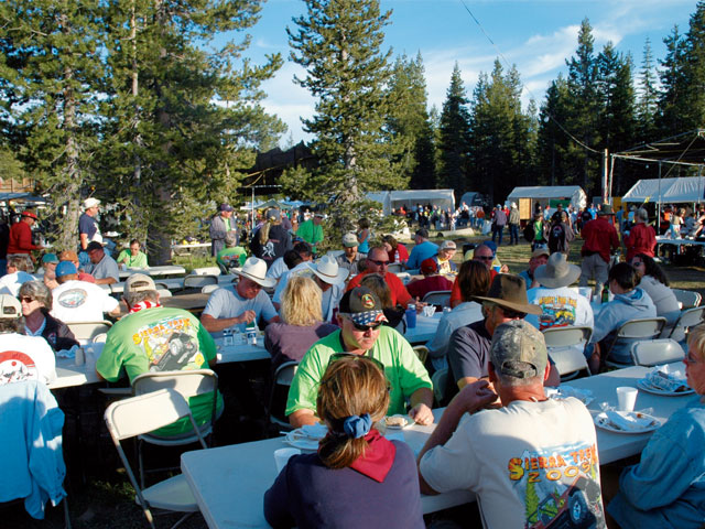 Sierra Trek Participants Eating