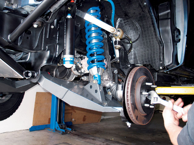 131 0706 11 z+ford f150 prerunner+suspension install