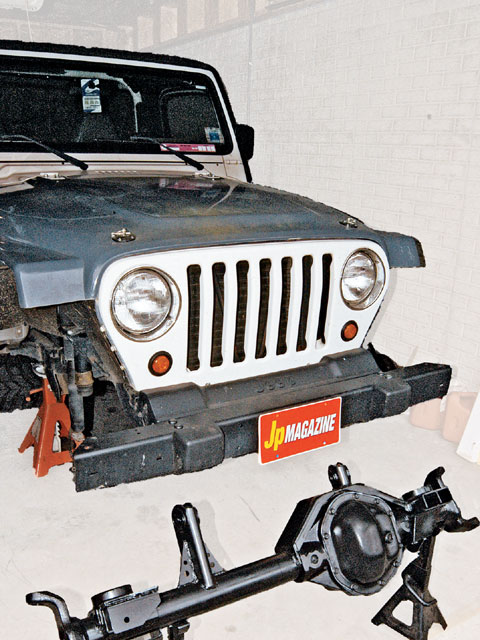 154 0706 01 z+1998 jeep tj+front view axle