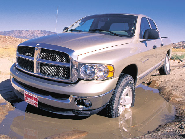 129 0201 leadz+2002 Dodge Ram 1500 Quad Cab SLT+driver front side view