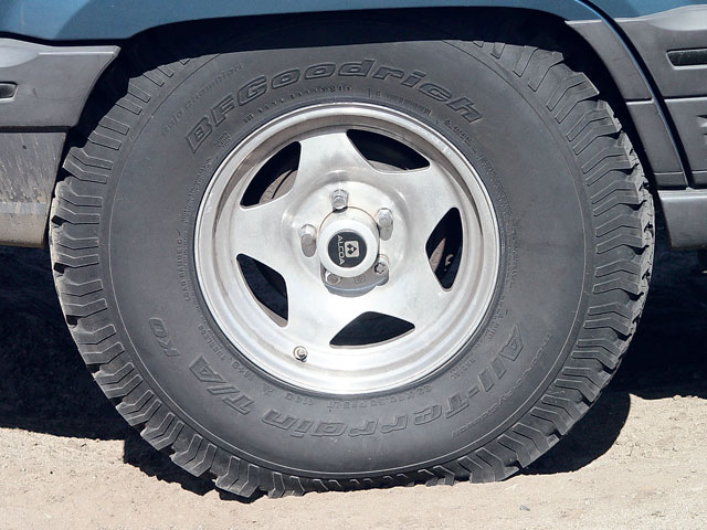 154 0607 15 z+jeep grand cherokee zj lift+bfgoodrich all terrain