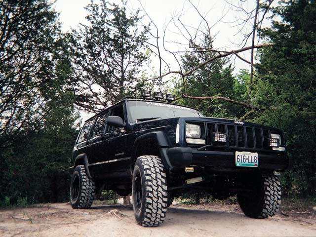 1997 Jeep Cherokee front View Photo 9346931