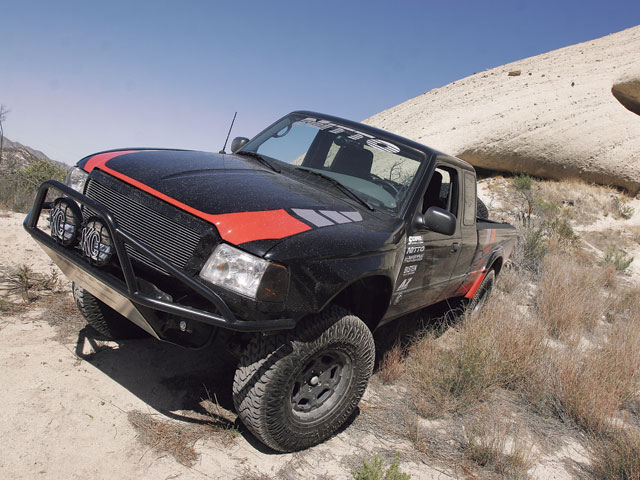 0710or 01 z+2005 ford ranger+front view