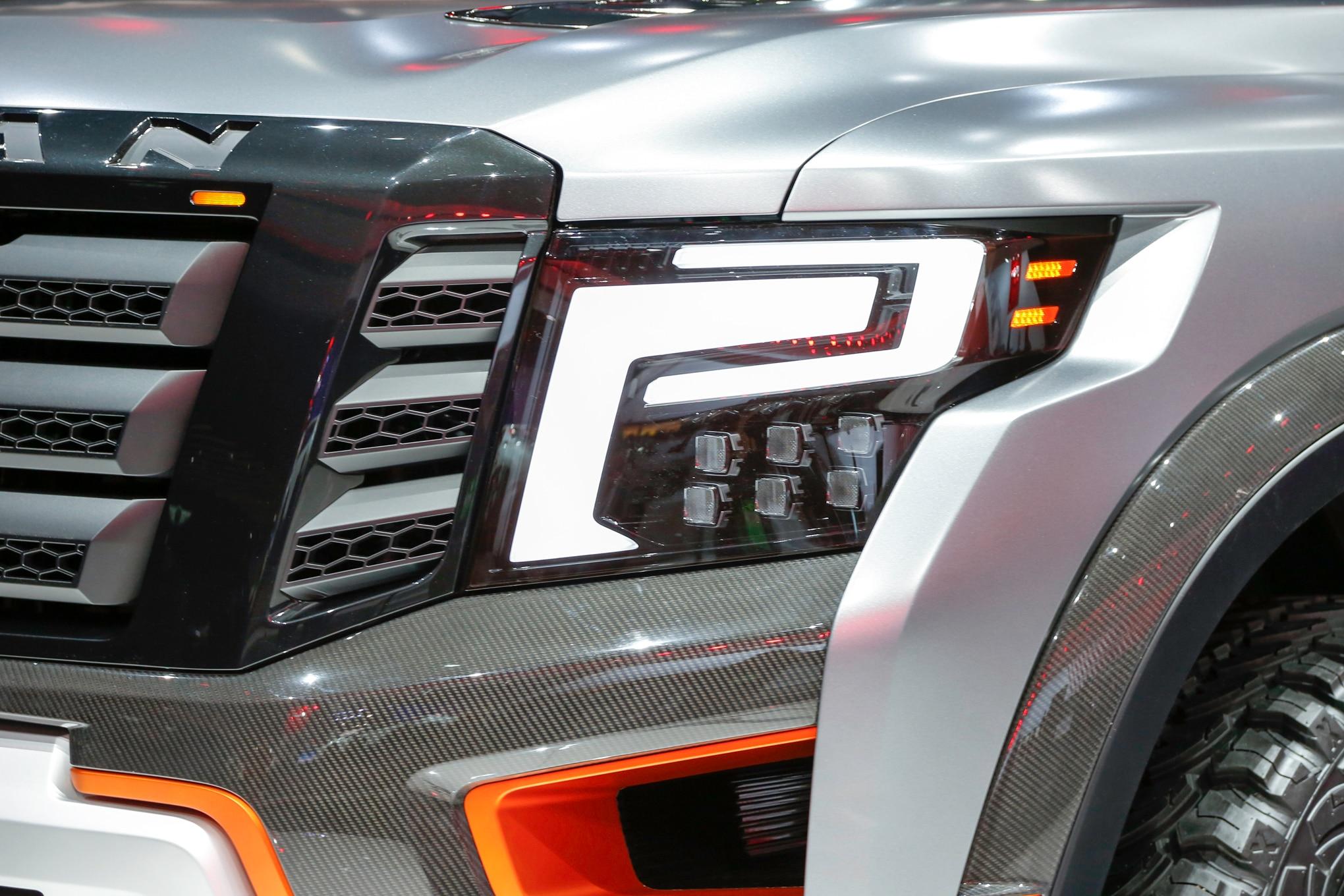 Nissan Titan Warrior Concept headlight 02
