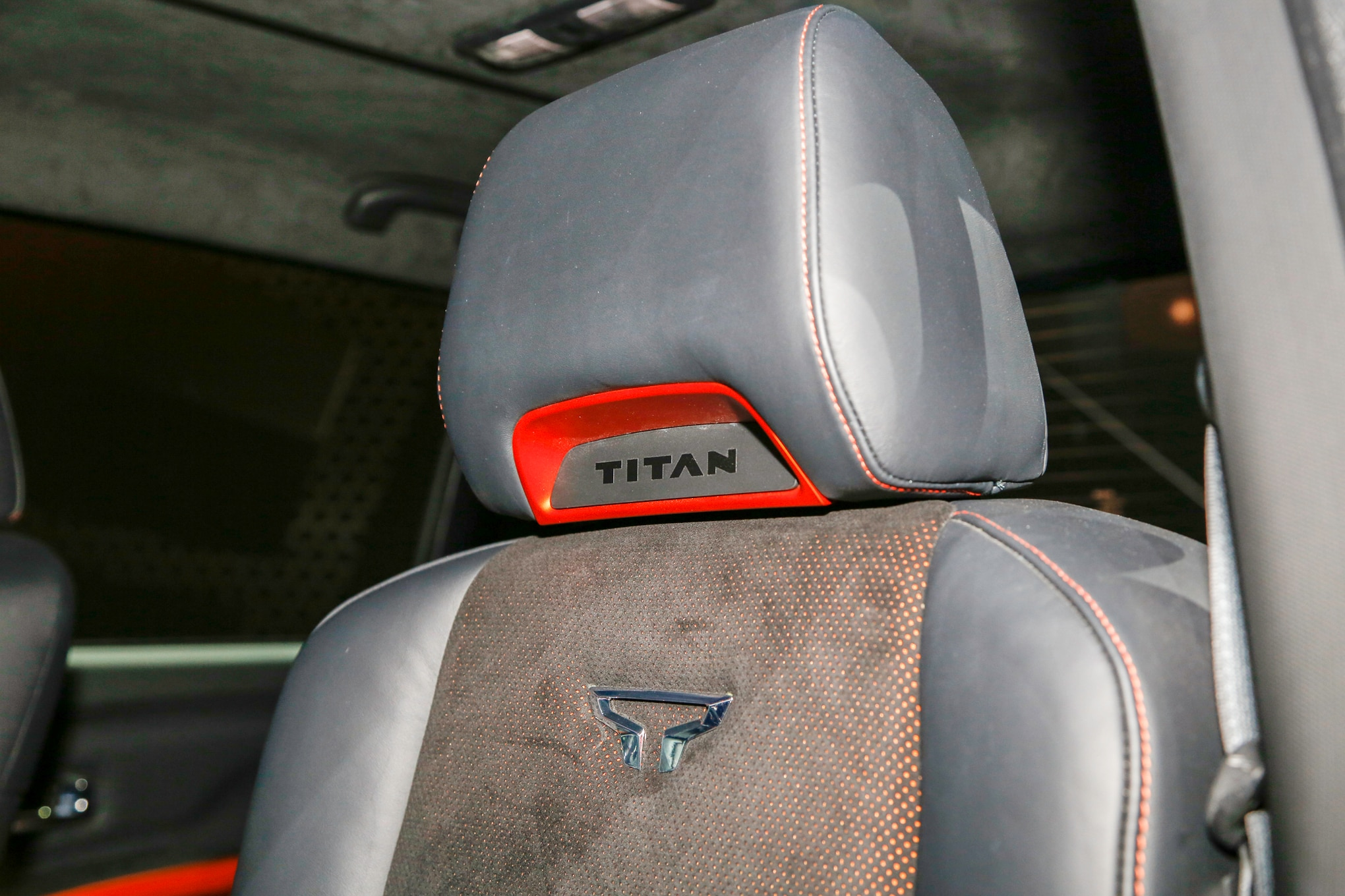 Nissan Titan Warrior Concept interior seat
