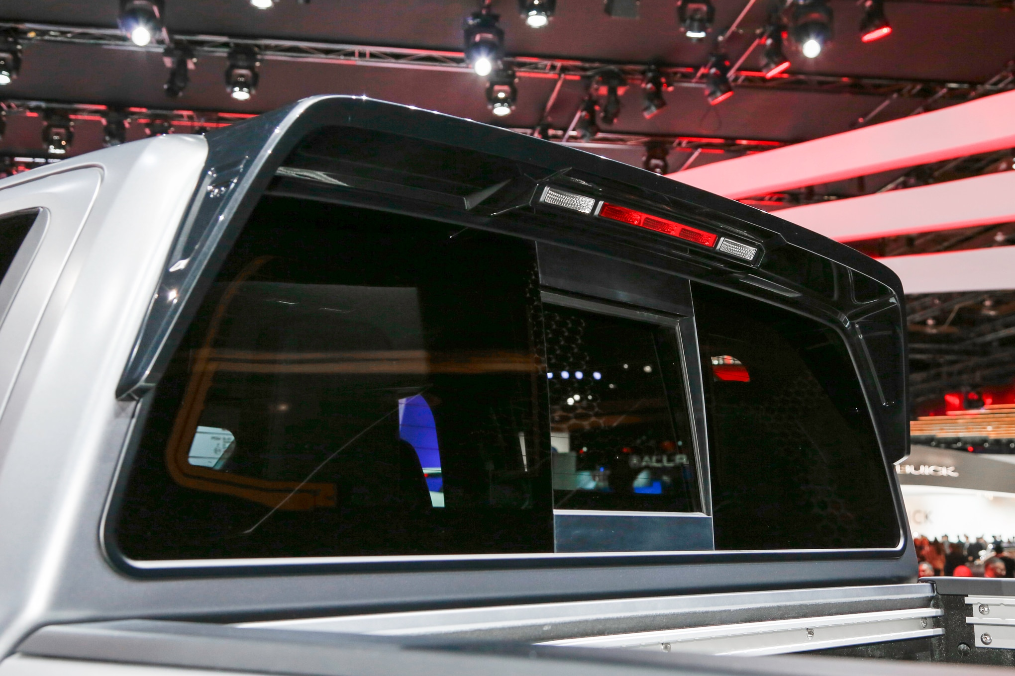 Nissan Titan Warrior Concept rear window