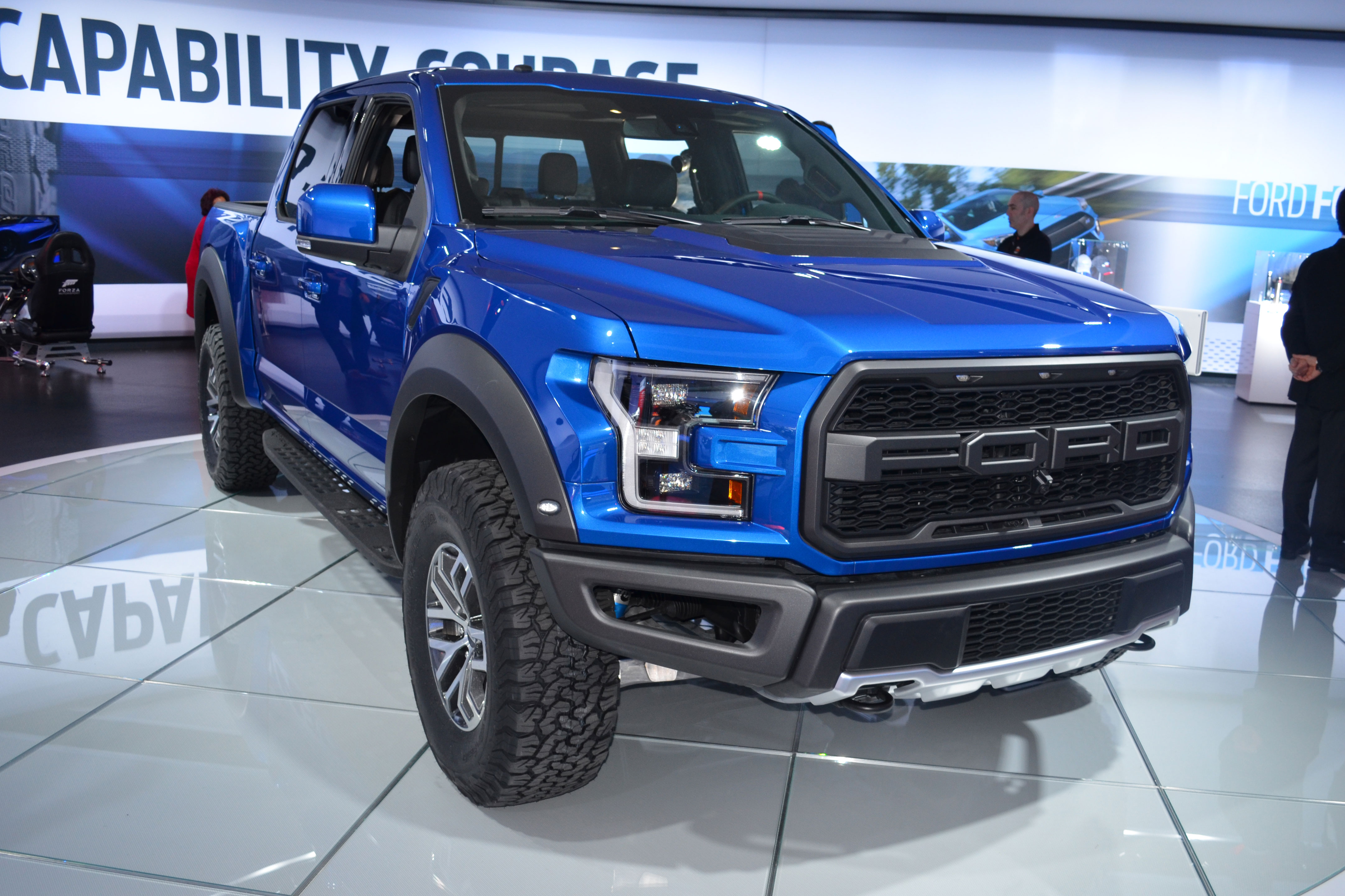 2017 Ford F-150 Raptor SuperCrew Walk-Around Video