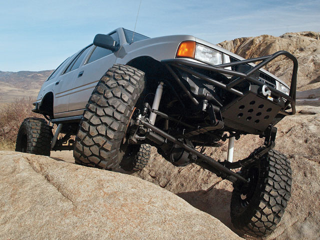 1993 Isuzu Rodeo - Off Road Magazine
