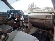 0802or 01 z+1993 isuzu rodeo off road unsung hero+interior view