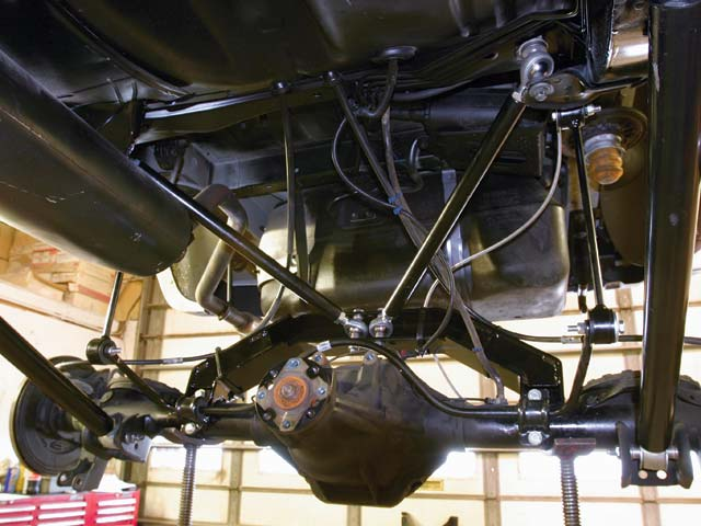 129 0509 05 z+2004 jeep liberty+rear suspension