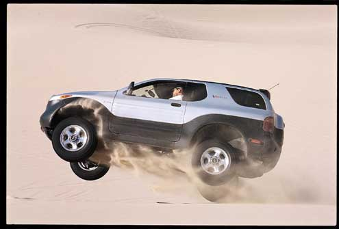 38377 large+2000 Isuzu Vehicross+driver side jumping view