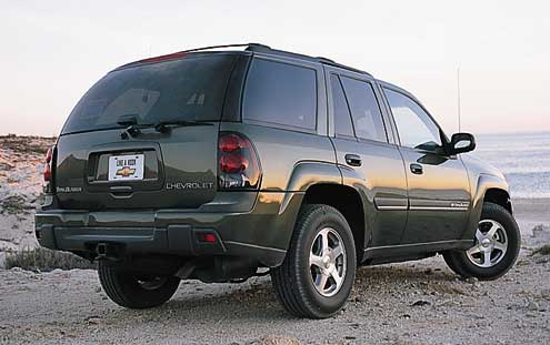 66322 large+2001 Chevrolet Trailblazer+passenger rear side view