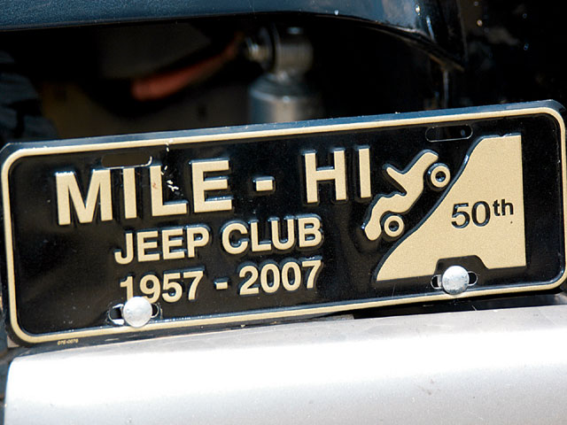 129 0802 02 z+mile hi jeep club+sign