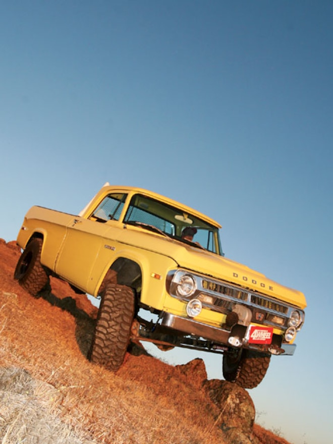 1971 Dodge Power Wagon - Retro Ram