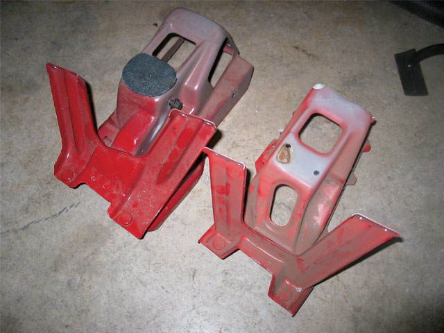 131 0805 05 z+1991 chevy truck interior+firewall mounting brackets